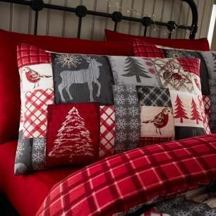 Christmas_Patchwork_Pillow
