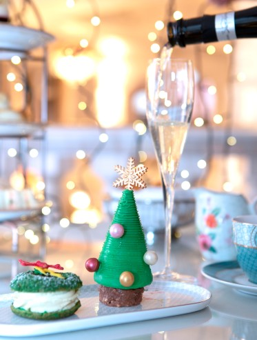 STE Festive Afternoon Tea & Free-flowing Prosecco
